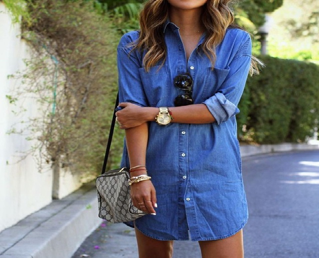 Reasons for the Popularity of Denim Shirts for Women