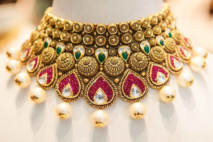 Personify your personality stylish the trendy jewellery